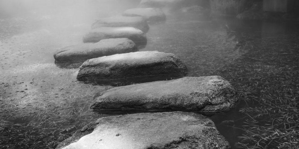 Miejsca gdzie mówią kamienie